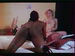 Derriere le miroir sans tain (1982) Full Movie