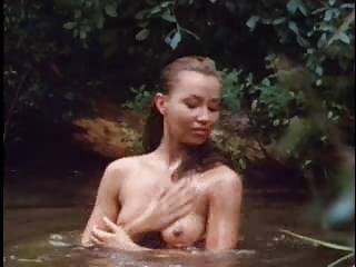 vintage mainstream babe bathing clip