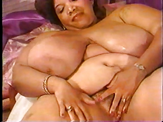 Cajun Queen (Older Light Skin Black BBW) BBW Masturbate