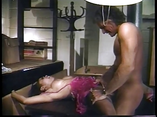 Bartender lures hot ebony into the back room for a fuck session