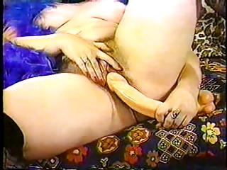 FAT FANNIES #07 (scene 2) (Chubby BBW Masturbating)